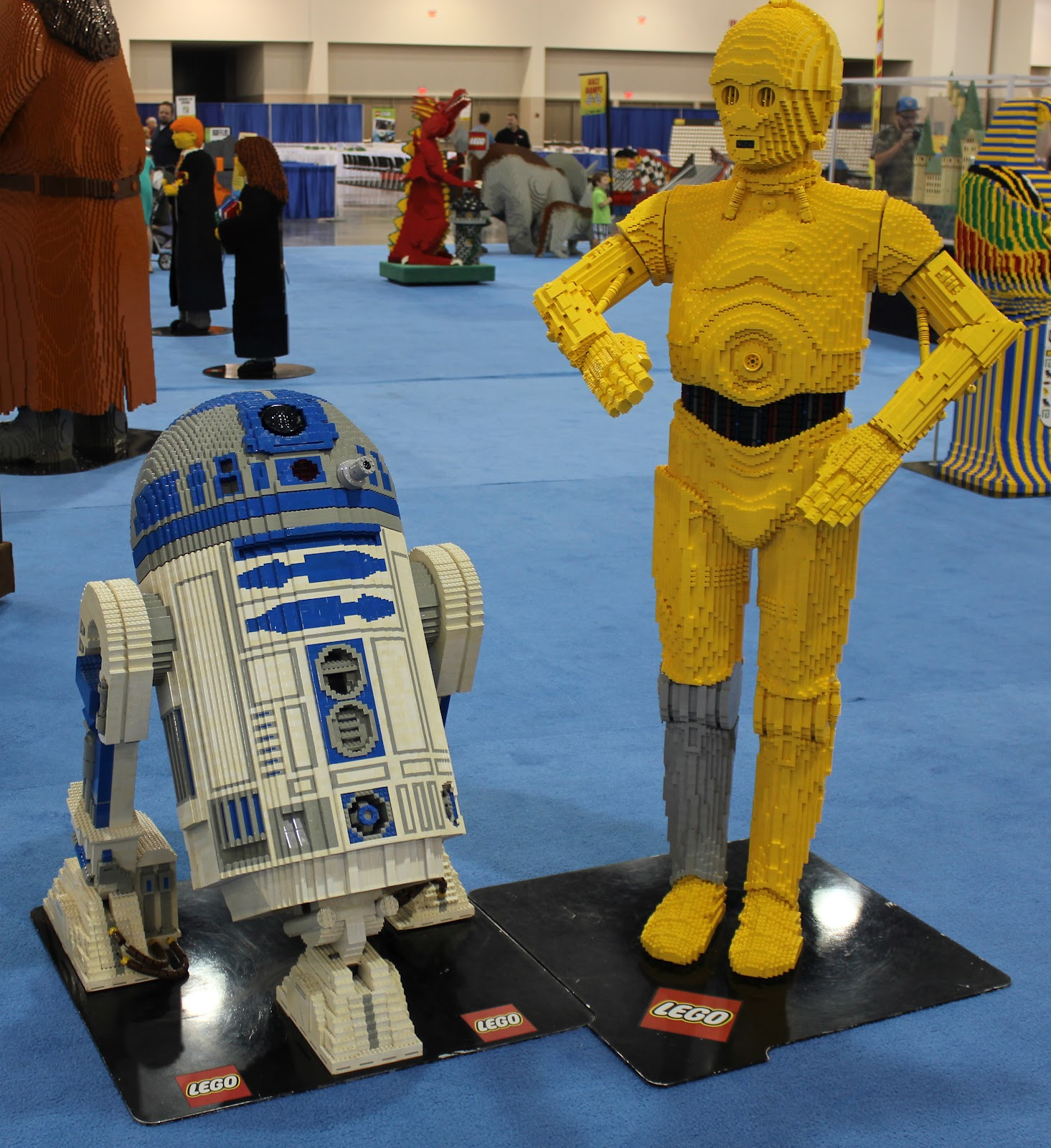 how to make a life size lego r2d2